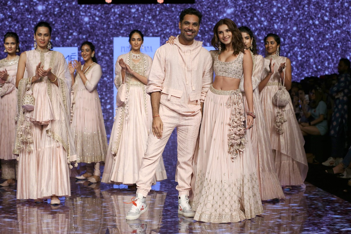 https://www.expressomagazine.com/wp-content/uploads/2020/02/Tara-Sutaria-walks-for-Punit-Balana-at-LFW-SR20-2.jpg