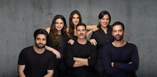 Producer Jackky Bhagnani, Huma Qureshi, Akshay Kumar, Vaani Kapoor, Lara Dutta and Director Ranjit M Tewari