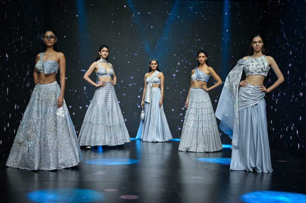Model Poses for Disha Patil's Collection at The Lakme Fashion Week Fluid Edition 2020 at St. Regis in Mumbai, India on 24th October 2020.  Photo :Vaqaas Mansuri / FS Images / Lakme Fashion Week / IMG Reliance