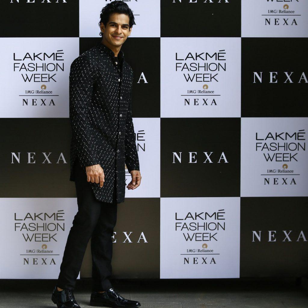 Showstopper Ishan Khattar at the NEXA presents Kunal Rawal showcase at LFW 2020 (2)