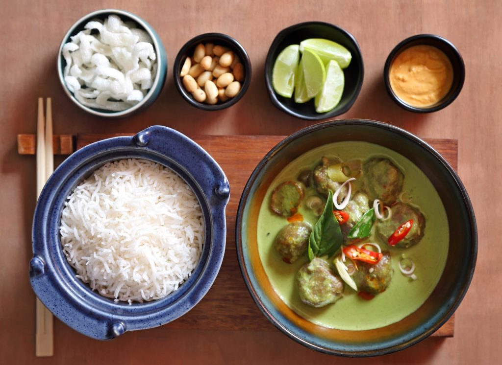 THAI GREEN CURRY WITH LAMB MEAT BALLs