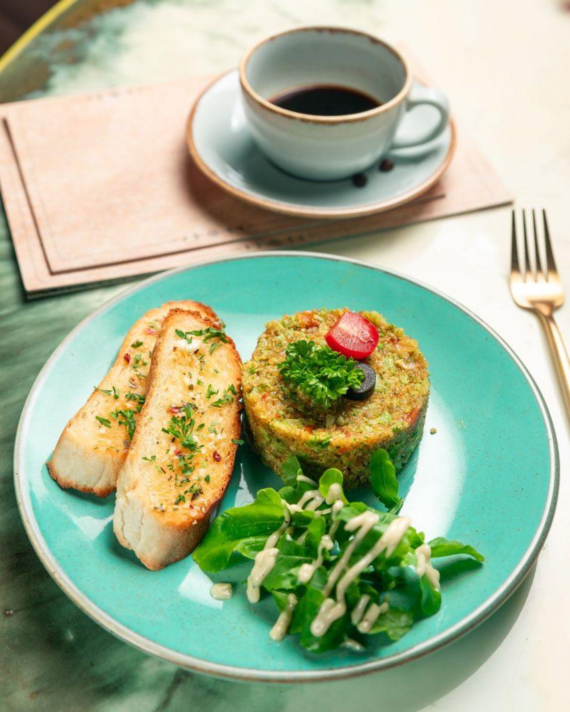 Quinoa Broccoli Upma - Kynd Cafe and Bar Pune
